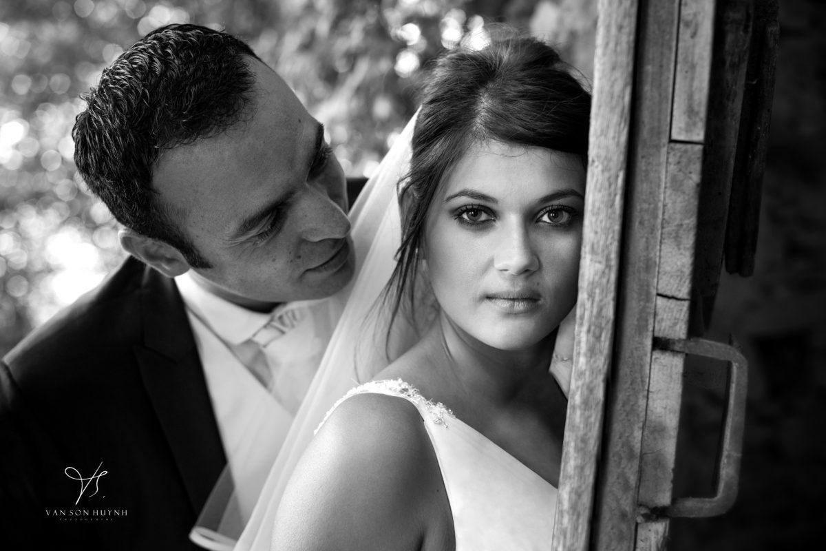 Séance Photo De Couple Avec Mariés En Avignon